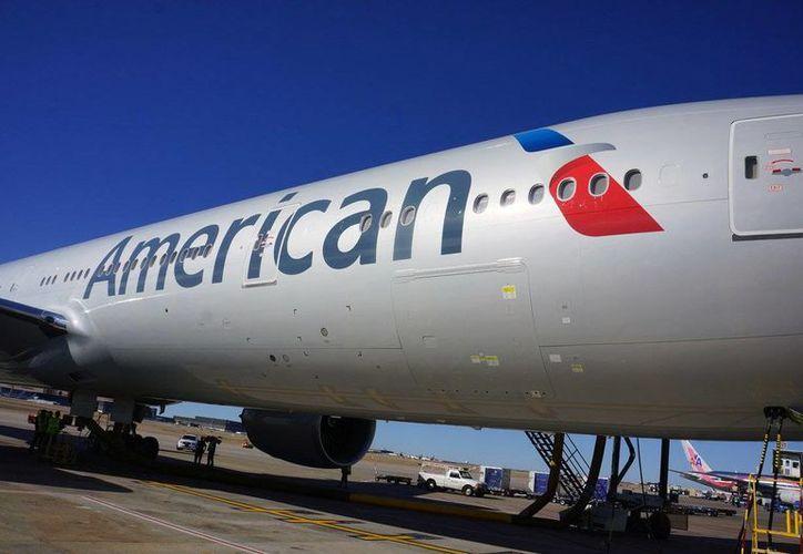 Al mediodía del martes American había cancelado siete vuelos y experimentaba demoras en más de 50. (jnmjournal.com)
