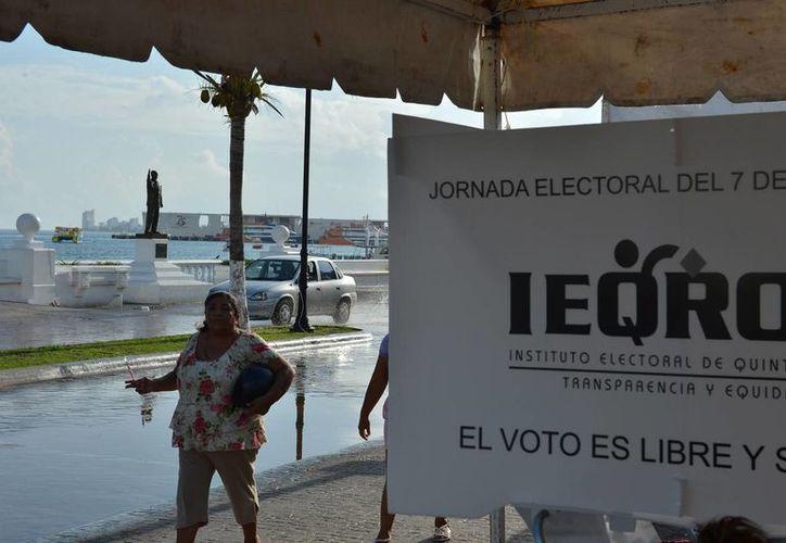 Finalizaron las votaciones en la Isla de las Golondrinas. (Julián Miranda/SIPSE)