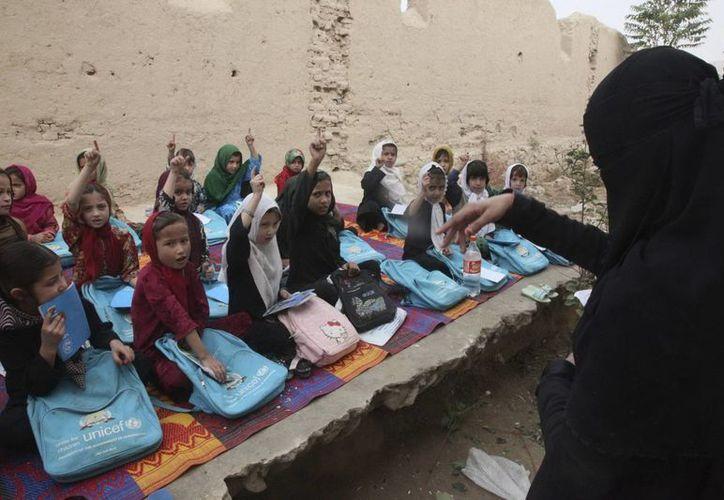 Los casos de intoxicaciones en escuelas femeninas son bastante frecuentes en Afganistán. (Archivo/EFE)