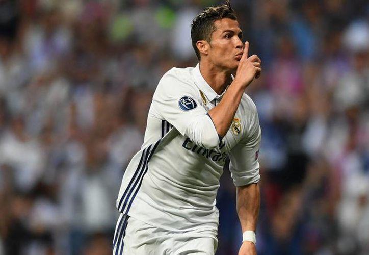 "Florentino Pérez aseguró que Cristiano Ronaldo sólo piensa en ganar ""Balones de Oro. (Getty Images)."