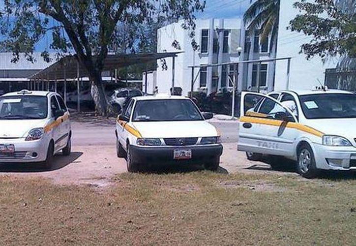 En Chetumal se detectan de tres a cuatro vehículos irregulares al día. (Redacción/SIPSE)