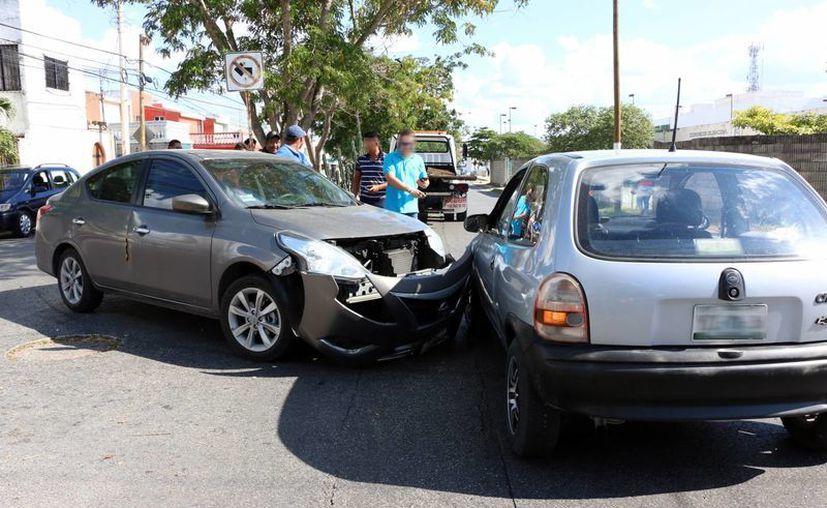 En México se registran alrededor de 700 mil accidentes viales al año. (José Acosta/SIPSE)