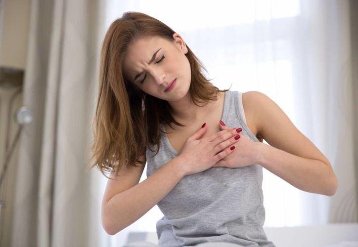 Este síndrome ocurre después de un estrés intenso y se manifiesta con dolor en la parte anterior del pecho.  (Foto: Contexto)