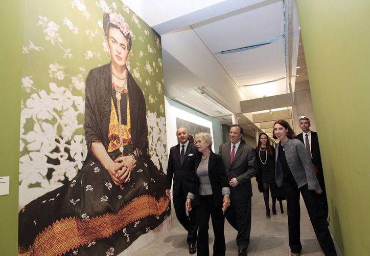 La muestra de Diego y Frida en París está conformada por 36 piezas del destacado muralista y 40 obras de Kahlo. (Notimex)