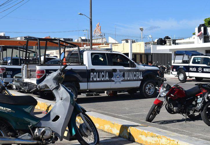 Algunas unidades de Seguridad Pública en la isla presentan fallas. (Foto: Gustavo Villegas)