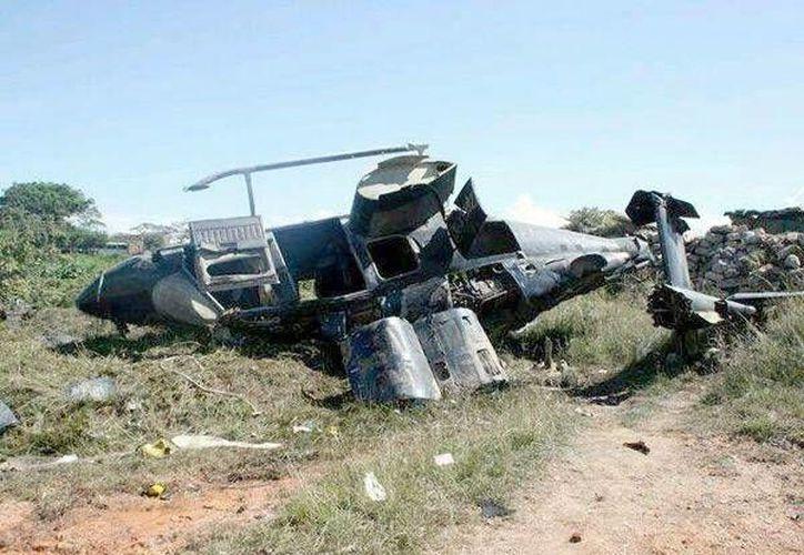 La Marina informó que la aeronave realizó un aterrizaje forzoso. (Twitter.com/@froylang)