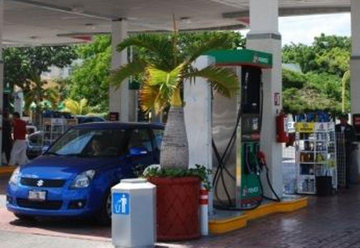 Empresarios gasolineros y empleados piden a la policía mayor frecuencia en sus rondines. (Redacción/SIPSE)