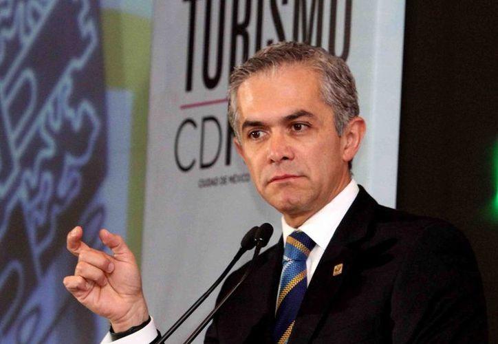 Miguel Ángel Mancera hizo un llamado al gobierno federal para que libere recursos a favor del transporte público en la capital de la República. (Notimex)