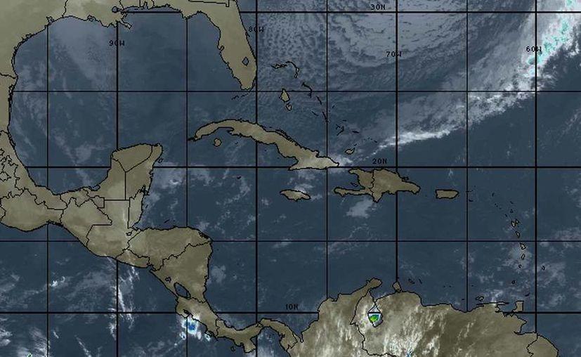 Pronostican la entrada del Frente Frío Número 42 al Mar Caribe. (Cortesía/SIPSE)