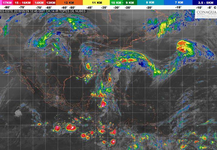 Para hoy un cielo nublado por la tarde, tormentas puntuales fuertes en Yucatán y Quintana Roo. (Conagua)