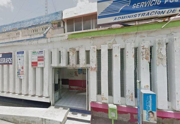 Las oficinas de la sucursal de Telecomm-Telégrafos fueron atracadas ayer por la tarde por un par de delincuentes que se llevaron un botín de 10 mil pesos en efectivo. (Google Maps)