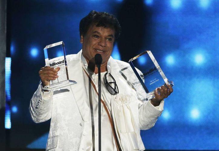 Juan Gabriel recibió las distinciones a Mejor Artista del Año, Mejor Álbum y Premio Estrella a su trayectoria.(AP)