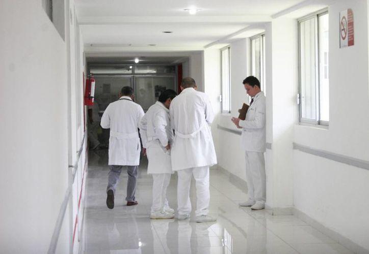 Galenos de la zona norte del Estado rechazan la integración de la Comisión de Arbitraje Médico en Quintana Roo. (Harold Alcocer/SIPSE)