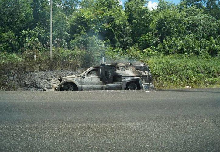 El camión blindado fue conducido de Chetumal al poblado Lázaro Cárdenas. (Redacción/SIPSE)