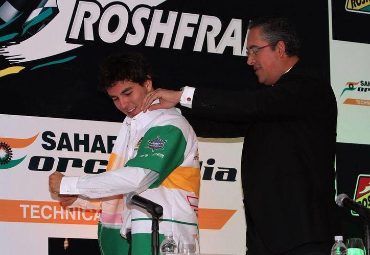 Sergio 'Checo' Pérez, de 24 años, se mantendrá más tiempo en la escudería Force India, a la cual llegó esta misma temporada. (Foto de archivo de Notimex)