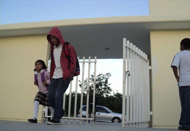 Recomendaron regresar a los niños a sus casas. (Adrián Barreto/SIPSE)