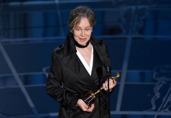 Milena Canonero obtuvo el Oscar por diseño de vestuario de la película The Grand Budapest Hotel. (AP)