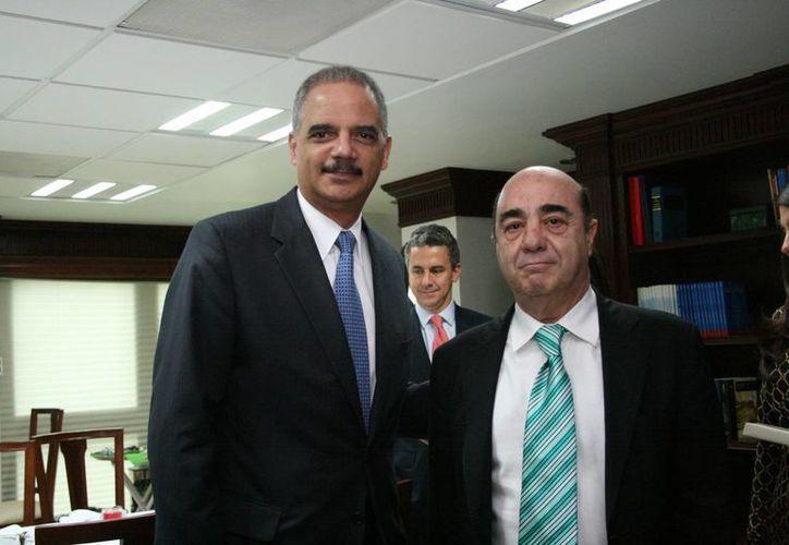 El procurador general de la República, Jesús Murillo Karam, se reunió con el procurador estadounidense Eric Holder. (Notimex)