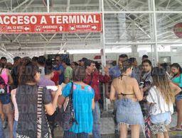 Casilla especial de ADO de Playa, reportan gran afluencia