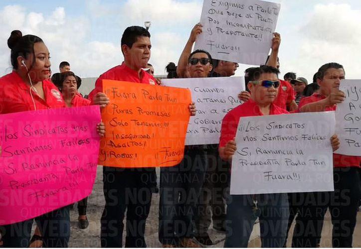 Piden a Perla Tun dejar la presidencia municipal de Cozumel. (Foto: Gustavo Villegas)