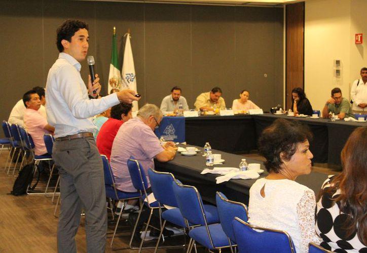 Los delitos también afectan la economía de las sociedades, aseguró Manuel Monteros de la Parra, consultor en seguridad internacional. (Foto: Adrián Barreto/SIPSE).