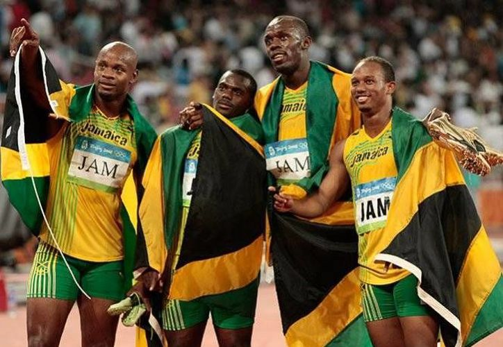 Nesta Carter, compañero de Usain Bolt, dio positivo a la sustancia prohibida de metilhexaneamina, según el Comité Olímpico Internacional.(Archivo/AP)