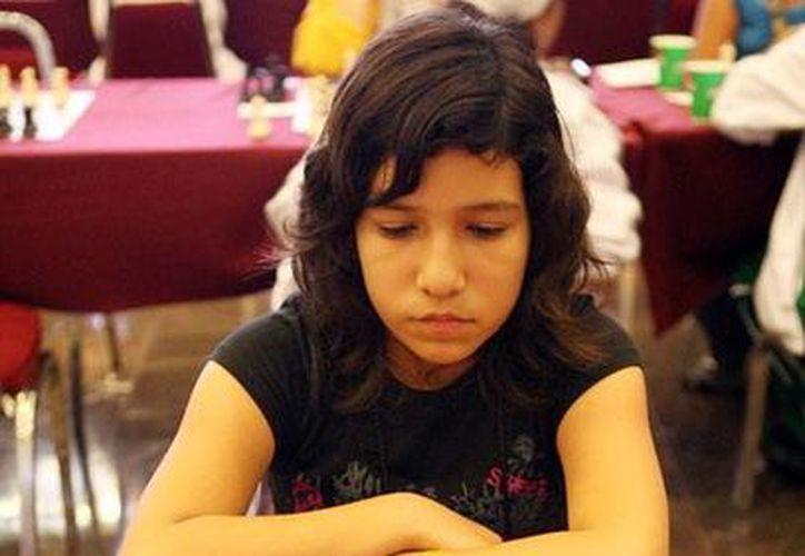 Lilia Ivonne se ha convertido en una semana en Bicampeona Nacional. (Milenio Novedades)