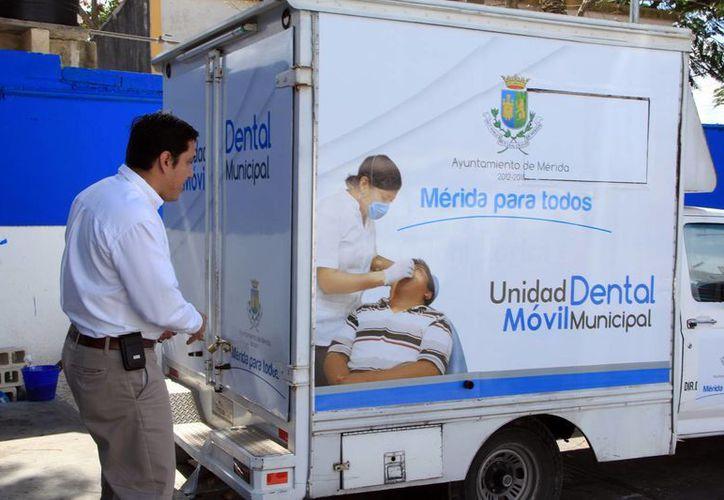 En las unidades móviles se atiende a más de 15 pacientes en un turno. (Milenio Novedades)