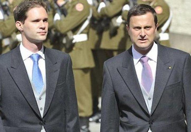 El primer ministro de Luxemburgo Xavier Bettel y su ahora esposo Destenay Gauthier se casaron en una nación profundamente conservadora. (Foto tomada de Facebook)
