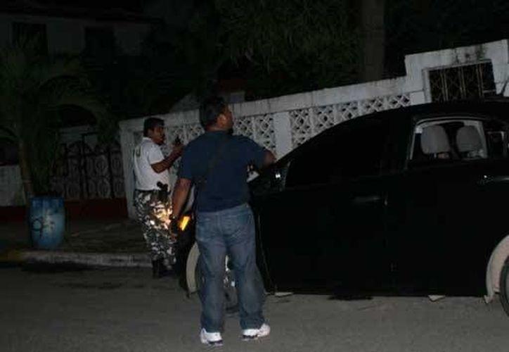 Un hombre realizó varia detonaciones afuera de una vivienda de la colonia Lagunitas la madrugada de ayer. (Redacción/SIPSE)
