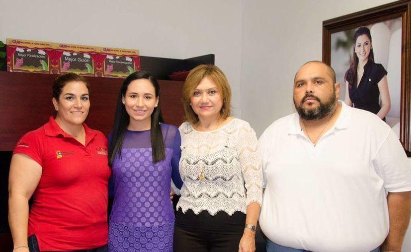 En la reunión se contó con la presencia de María del Carmen Marrufo Esquivel, directora de Vinculación del Icatqroo y del Gílmer Isaac Sauri Manzanilla, directorio del ICAT Unidad Bacalar. (Redacción/SIPSE)