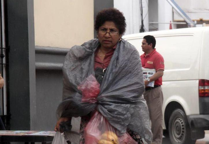 El frente frío número 17 ayer ocasionó algunas lluvias en Mérida. (SIPSE)