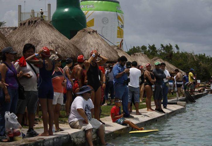 Esta temporada vacacional, Majahual esta propenso a registrar mayor llegada de visitantes, locales y foráneos, alcanzando hasta 100% de afluencia. (Enrique Mena/SIPSE)