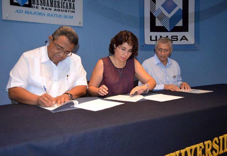 El acuerdo beneficia a universitarios, ya que podrán realizar sus prácticas profesionales en la industria yucateca. (Milenio Novedades)