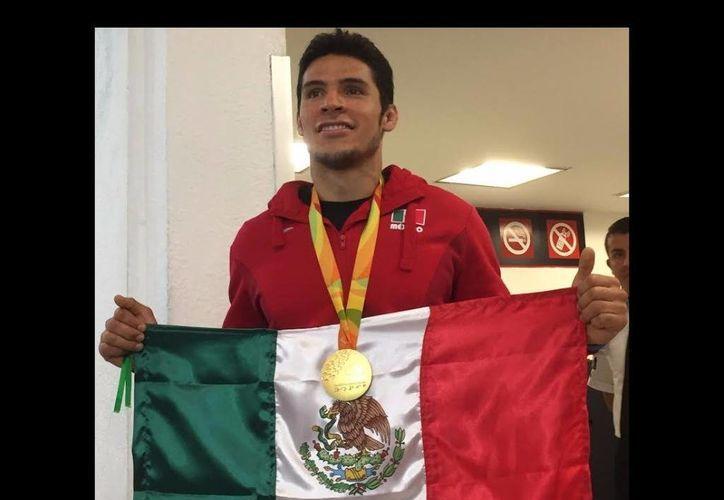 El judoca Eduardo Ávila  lamentó que pese a su destacada actuación en Río, la Conade le haya negado el acceso a sus instalaciones. (Foto tomada de jornada.unam.mx)