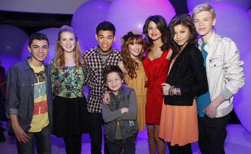 La serie musical de Disney 'Shake it up' , fue transmitida en el año 2013 basada en una historia de adolescentes bailarines. (Contexto/Internet)