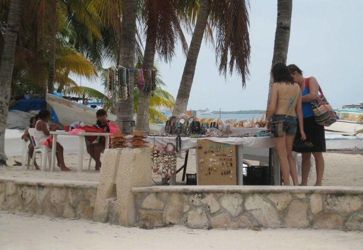 Dirección de Turismo prepara actividades para atraer visitantes a la isla. (Lanrry Parra/SIPSE)