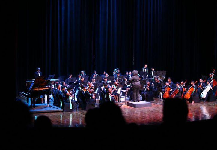 """La Orquesta Sinfónica se presentará en el teatro """"Ángela Peralta"""" como parte de su Temporada de Invierno. (Foto: Redacción)"""