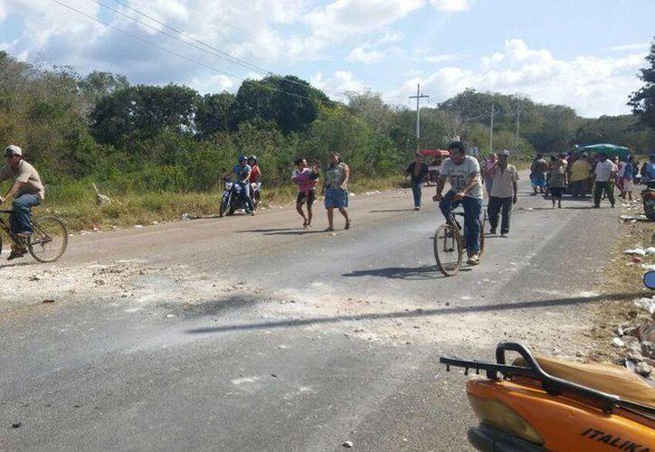 Los campesinos recibirán mil pesos cada uno por el pago de su seguro agrícola. (Foto: Tony Blanco)