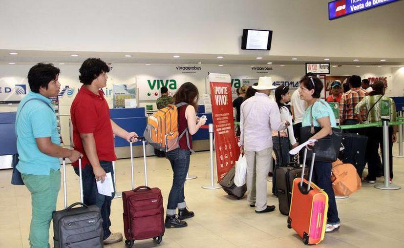 El aeropuerto de Mérida espera aumentar hasta en 30 por ciento en operaciones, durante el verano 2016. (Milenio Novedades)
