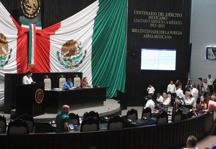 El tema del aborto se debatirá en el Congreso del Estado de Quintana Roo. (Daniel Tejada/SIPSE)