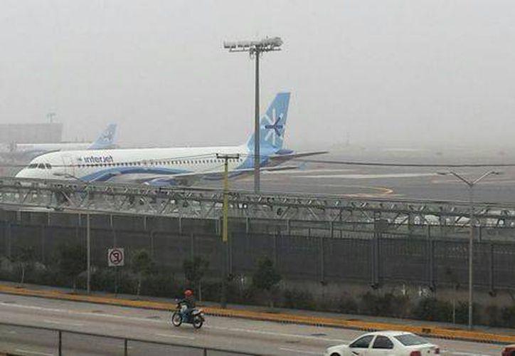 Así se observaba hace unos momentos el Aeropuerto Internacional de la Ciudad de México. (Foto: Juan Gabriel Ortega)