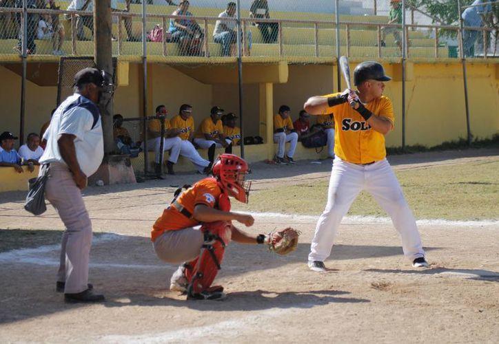 Anuncian los enfrentamientos de la Liga Estatal de Béisbol Quintanarroense. (Redacción/SIPSE)