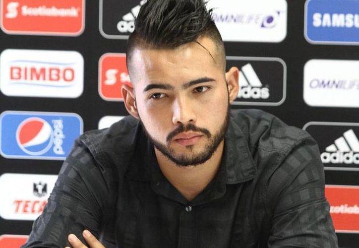 Michel Vázquez, quien ya recibió dos tarjetas rojas, no jugará más con el plantel del primera división. (AP)