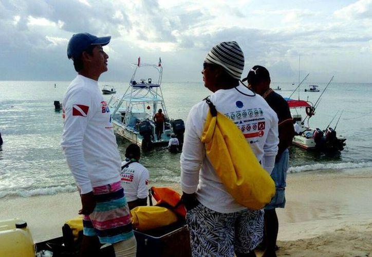 """La asociación """"Saving our sharks"""" capacitó a 15 tiendas de buceo. (Foto: Redacción/ SIPSE)"""