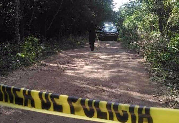 Las autoridades acordonaron la zona para realizar las investigaciones correspondientes. (Orville Peralta/ SIPSE)