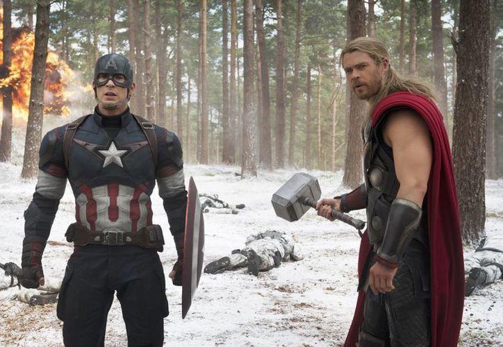 Escena de la película 'Los Vengadores: la era de Ultrón', que fue estrenada este fin de semana en decenas de países, pero que en cientos de salas de cines de Alemania no fue expuesta por problemas de alquiler. (Foto: AP)
