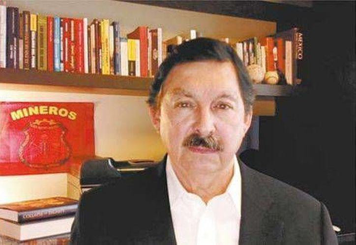 Napoleón Gómez Urrutia dice que vive en un departamento sencillo, de dos recámaras, en Vancouver, Canadá (Milenio)