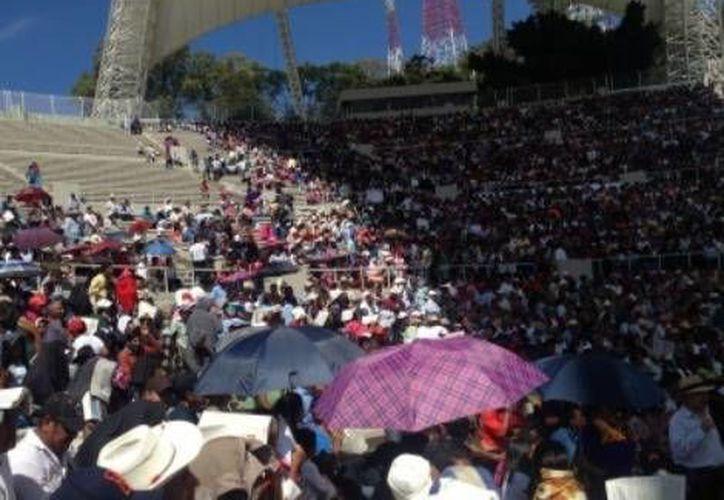 Se espera que al Auditorio de la Guelaguetza acuden un mínimo de 3 mil asistentes. (Milenio)