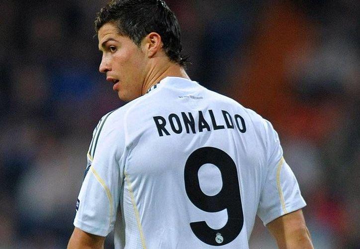 CR-7 tiene contrato con el Madrid hasta el 2015. (Foto: Agencias)